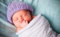 Правильное пеленание младенца в роддоме