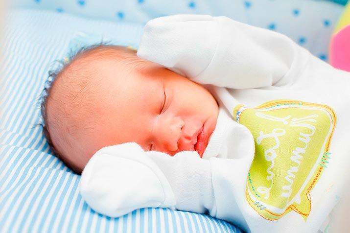 svebodnoe-pelenenie-novorojdennogo-rebenka-6